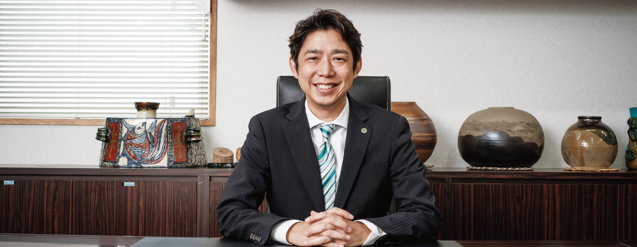 学校法人KBC学園 理事長 大城圭永